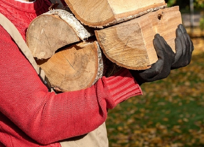 Poly-Woven-Bags-Image-3-Bagged-Firewood-Cropped.jpg