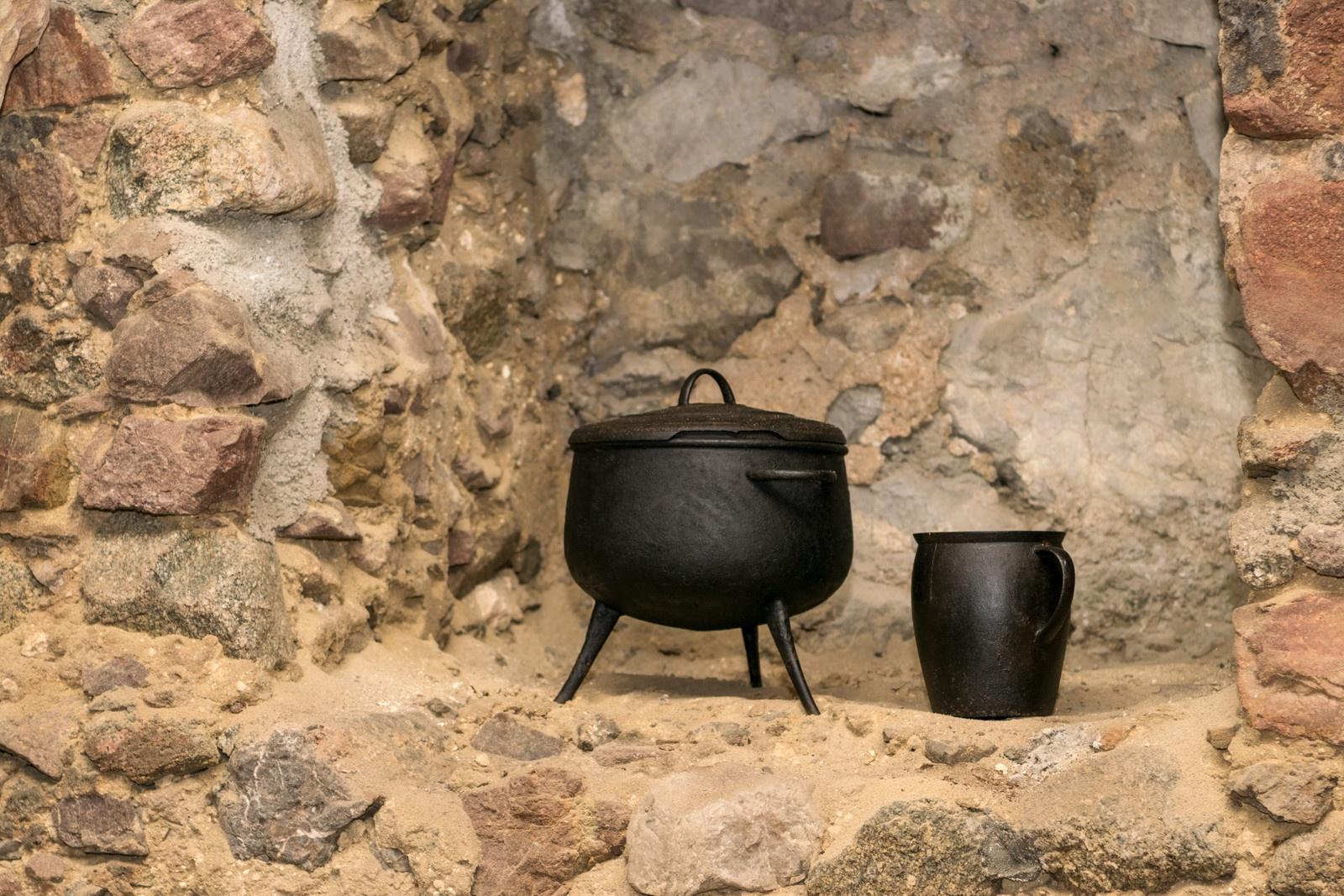 Medieval house heating